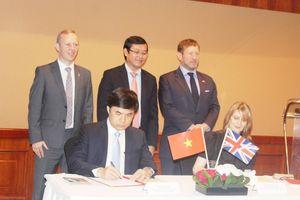 Ký kết thỏa thuận hợp tác giữa Bộ Giáo dục và Đào tạo và Hội đồng Anh
