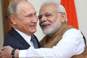 Nga ký kết thỏa thuận bán S-400 cho Ấn Độ