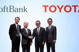 Toyota và SoftBank liên doanh phát triển xe tự lái