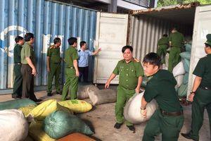 Hải quan Đà Nẵng bắt giữ khoảng 06 tấn vảy tê tê và 02 tấn ngà voi