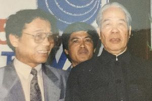 Chủ tịch HĐBT Đỗ Mười và cuộc họp báo quốc tế ngay khi trúng cử