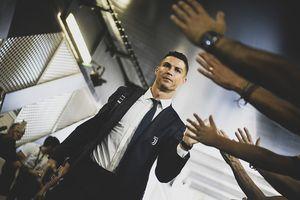 Hình ảnh Ronaldo bị xóa khỏi website của trò FIFA 2019