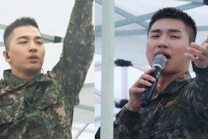 Tae Yang, Dae Sung (Big Bang) diễn hit đình đám trong lễ hội quân đội