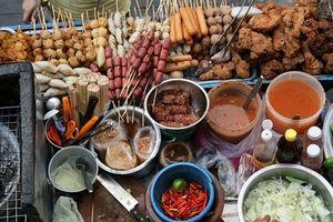 Hà Nội: Siết chặt quản lý dịch vụ ăn uống và thức ăn đường phố