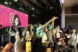 Sinh viên Báo chí thăng hoa cảm xúc trong đêm Đại nhạc kịch - Musical night