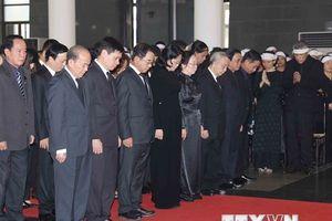 Hình ảnh đoàn Quyền Chủ tịch nước viếng nguyên Tổng Bí thư Đỗ Mười