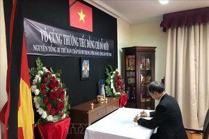 Đại sứ quán Việt Nam tại Chile tổ chức lễ viếng nguyên Tổng Bí thư Đỗ Mười