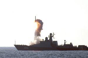 Tàu của Hạm đội Caspian bắn tên lửa Kalibr