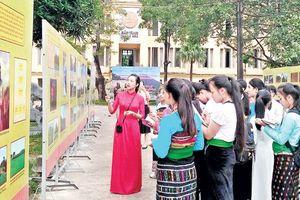 Giới thiệu, trưng bày 'Một số hình ảnh về Anh hùng dân tộc Lê Lợi và khởi nghĩa Lam Sơn'