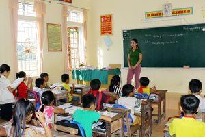 Nghệ An thiếu giáo viên: Trường giảm tiết, phụ huynh không biết gửi con ở đâu