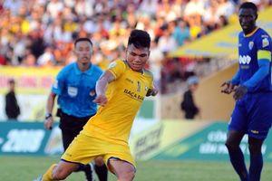 AFF Cup 2018: Thầy Park gạch tên 'trò cưng' Phạm Xuân Mạnh, Hà Nội lại áp đảo