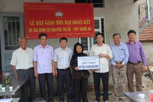 Hưng Hà (Thái Bình): Trao nhà Đại đoàn kết cho hộ nghèo