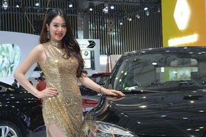 Sôi động 'cuộc đua' giá ô tô: Người giảm, kẻ lại tăng