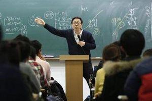 Cuộc sống khắc nghiệt tại lò luyện thi công chức lớn nhất Hàn Quốc