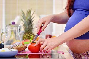Mẹ bầu ăn cà chua đúng cách nhân đôi lợi ích: đẹp mẹ, khỏe con