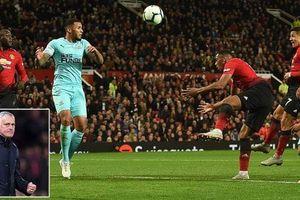 Mourinho được cứu ở 'Quỷ môn quan'