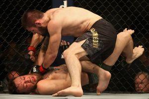 'Hỗn chiến' sau trận so găng Khabib Nurmagomedov và Conor McGregor