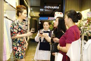 Hoa hậu Diễm Hương đến chúc mừng Doanh nhân Hoàng Thị Vân Anh ra mắt thương hiệu đẳng cấp Giovanni