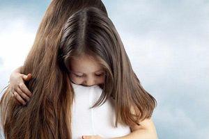 Mẹ đơn thân: Mạnh mẽ gấp trăm lần đàn bà khác để làm chỗ dựa cho con