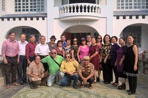 Lớp Sử khóa 13 Đại học Tổng hợp Hà Nội (cũ) gặp mặt truyền thống, ôn lại chặng đường 50 năm