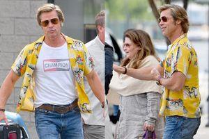 Brad Pitt mặc áo sặc sỡ, vui vẻ trên phim trường bom tấn mới