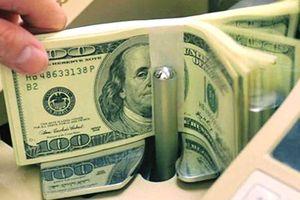 Tỷ giá trao đổi đồng USD tại ngân hàng tiếp tục tăng lên sát trần, thị trường tự do giảm mạnh