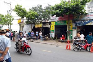 Cãi vã vì dựng xe, một thợ sửa xe máy bị đâm chết