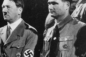 Sốc: Trùm phát xít Hitler là người đồng tính?!