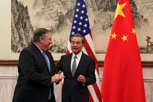 Ngoại trưởng Mỹ-Trung trao đổi chỉ trích trước khi hội đàm