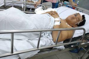Giành nhau máy dệt, người đàn ông bị đồng nghiệp đánh nhập viện