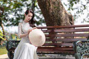 Á hậu Liên Phương quảng bá văn hóa Việt Nam qua tà áo dài