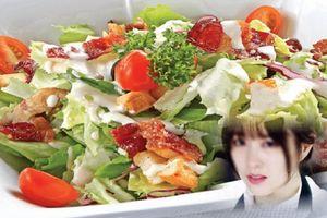 Trộn salad làm cả nhà trai đau bụng, mỹ nữ Hà Nội bị nghi hãm hại chiếm tài sản