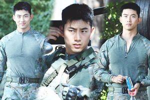 Phiên bản diễn tập 'Hậu duệ mặt trăng' của Ok Taec Yeon (2PM) gây sốt trong quân đội