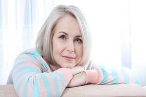 Lời khuyên sức khỏe cho phụ nữ tuổi mãn kinh