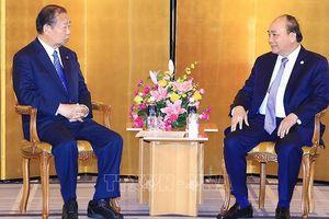 Thủ tướng tiếp Chủ tịch Liên minh Nghị sỹ hữu nghị Nhật-Việt