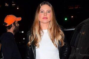 Thiên thần Victoria's Secret Behati Prinsloo bị nghi bơm môi