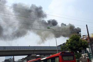 Cháy quán Karaoke trên phố Hào Nam: Chủ nhà đốt vàng mã ngày mùng 1