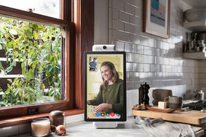 Facebook ra mắt thiết bị quay video hỗ trợ trợ lý ảo Alexa
