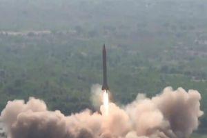 Pakistan phóng thử tên lửa đạn đạo giữa căng thẳng với Ấn Độ