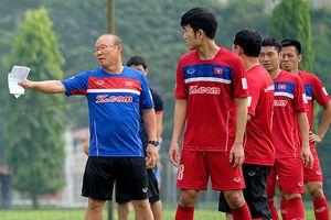 Công bố danh sách tuyển Việt Nam đi AFF Cup: HAGL buồn, Hà Nội vui