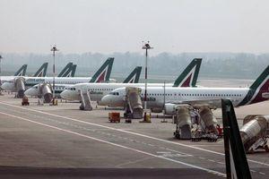 Italia dọa cấm cửa các chuyến bay chở người tị nạn từ Đức