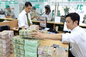 Các 'ông lớn' ngân hàng tiếp tục cuộc đua lãi suất tiền gửi