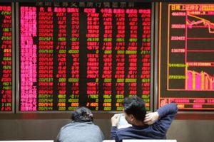 Chứng khoán Trung Quốc gồng mình tăng điểm sau phiên bán tháo