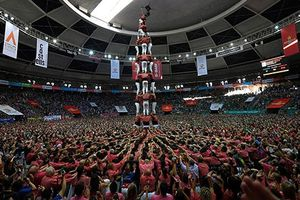 Những hình ảnh ấn tượng trong lễ hội xây 'tháp' người ở Tây Ban Nha