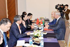 Chủ tịch Quốc hội hội kiến Chủ tịch Hạ viện Belarus