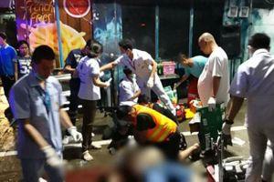 Nhóm thiếu niên cãi vã, xả súng trên đường phố Bangkok khiến du khách thiệt mạng