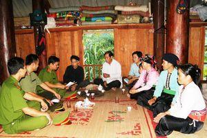 Tổ liên gia tự quản ở Mai Châu