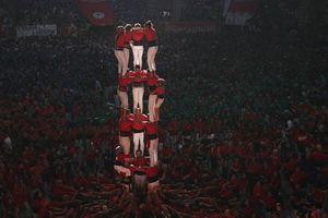 6.000 người Catalonia tham gia cuộc thi xây 'tháp người'