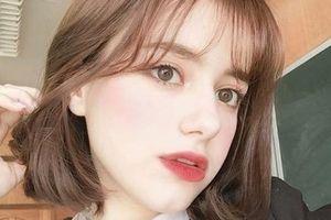 Hot girl Nga 10X được khen xinh như búp bê, giỏi 3 thứ tiếng