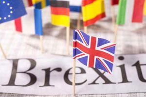 Anh hối thúc EU thỏa hiệp để đạt thỏa thuận về Brexit